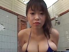голям гъз, модели, малки цици, азиатки, голям бюст