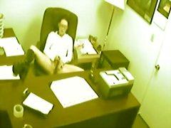 офис, скрит, брюнетки, мастурбация, пръсти, воайор