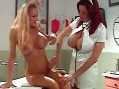 fetisj, rødtopp, babe, lesbisk, store bryster, sykepleier, barmfager, blond, lateks, uniform