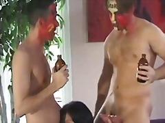 групов секс, брюнетки, масов секс, празнене