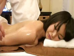 шпионски, яки мацки, цици, масаж