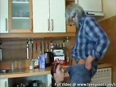 възрастни, кухня