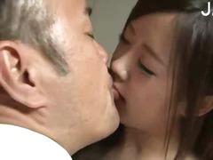 леко порно, орално, целувка, японки, азиатки