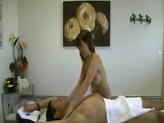цици, азиатки, масаж, големи цици