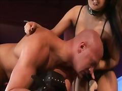 страп-он, садо-мазо, женска доминация, бисексуални