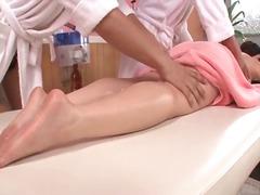 цици, японки, олио, масаж