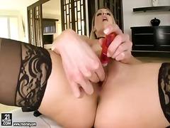 Саманта Райън, мастурбация, бельо, соло, блондинки