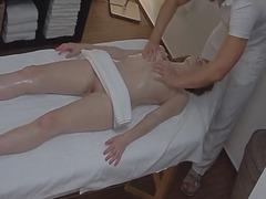 масаж, реалити, олио