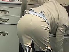 на работното място, голи