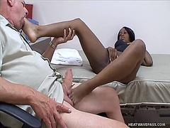 междурасово, чекия, мастурбация, фетиш с крака, фетиш