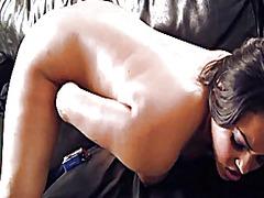 мастурбация, вибратор, латинки, играчка, оргазъм