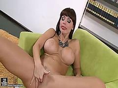 Алита Оушън, мастурбация, играчка, порно звезди